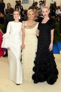 ZOEY DEUTCH, TORY BURCH, AND KATE BOSWORTH