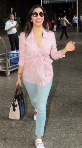 Sophie-Choudry-Airport-Style